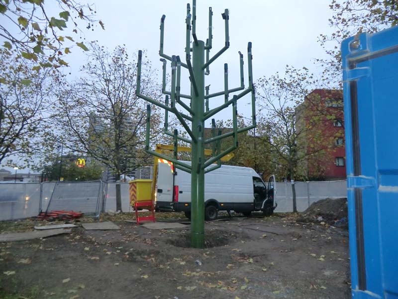 Billingsgate Traffic Light Tree